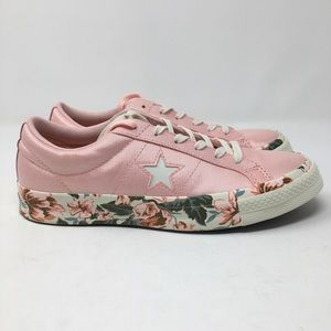 Converse One Star low Pink Floral